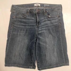 Sonoma Bermuda Jean shorts size 14